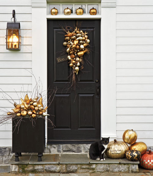 country living - Upscale Halloween Decorations